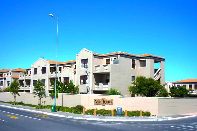 Villa rustica parklands new age property for Villas rusticas